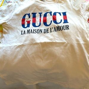 Girls size 10 Gucci tshirt worn only 3 times